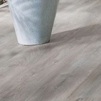 Ламинат Pergo Natural Variation 4V Chalked Grey Oak - фото в интерьере